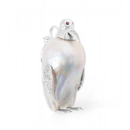 Penguin brooch NATURALLY