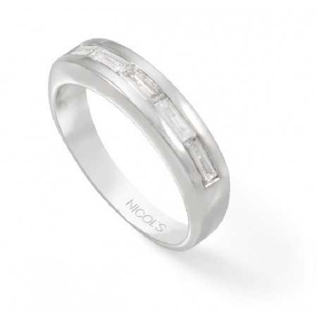 Baguette Engagement Ring DIAMOND CLASSIC Media Alliance