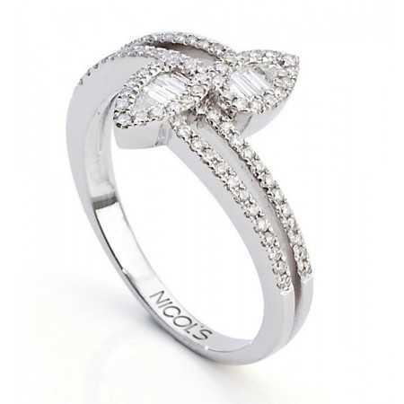 Engagement Ring DIAMOND LEAF