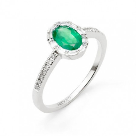 OVAL COLOR Emerald Ring